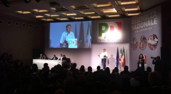 """Assemblea PD a Roma. Renzi: """"Chi vuole cambiare l'Italia non perda un secondo"""". Presente anche una delegazione del PD di Cremona"""