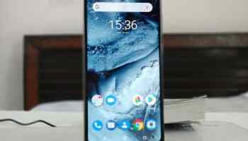 Nokia 6.1 Plus (Nokia X6) Full Body Photo Review