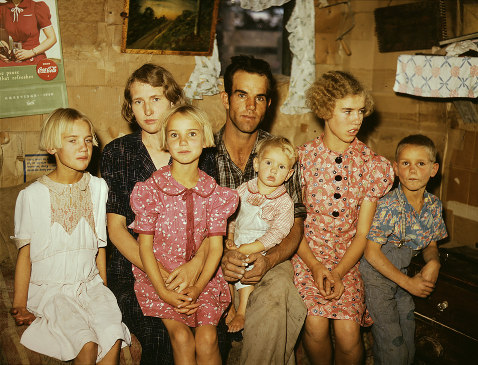 Photo by Russell Lee. Jack Whinery and his family, homesteaders, Pie Town, New Mexico, 1940.