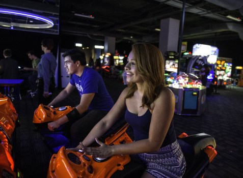 Murrieta Residents Take Quest For A Dave And Buster S Into