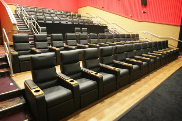 MOVIES Theaters woo audiences with booze food and comfy