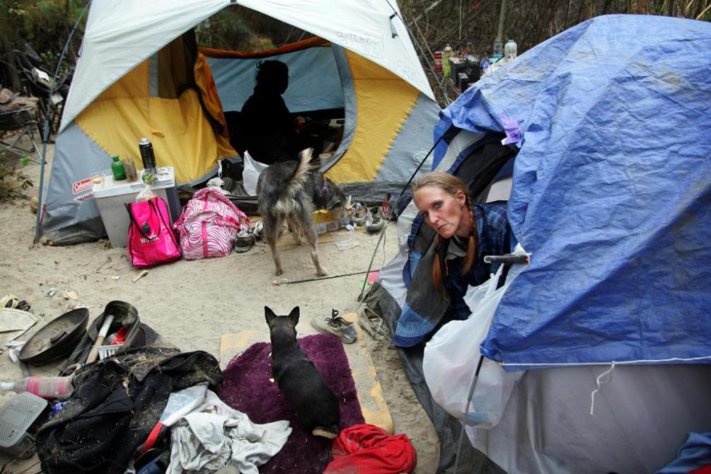 Riversides city camping ban spurs homeless discussion
