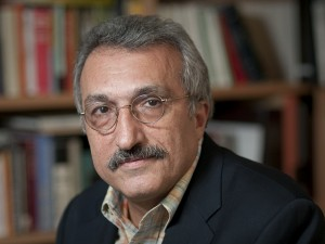 milani hrz 300x225 دکتر عباس میلانی: مسئولیت تحریم ها بر دوش حکومت ایران است
