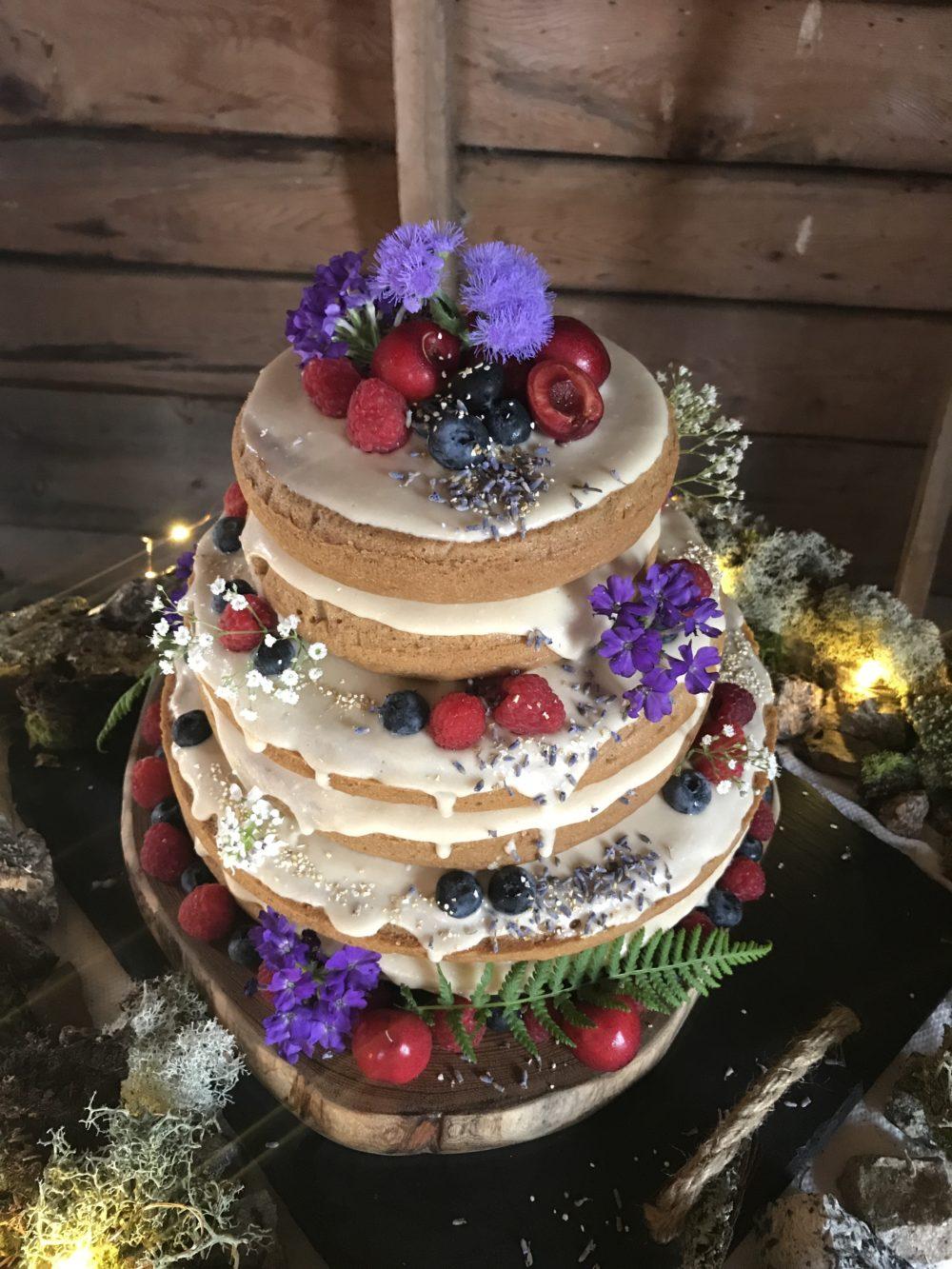 How I Made A Glam 3 Tier Vegan Wedding Cake Amp Lived To