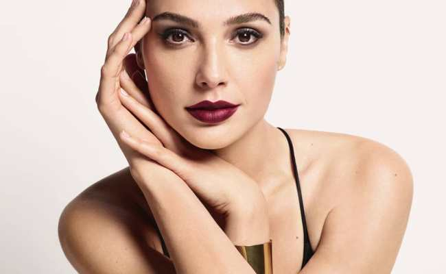 These Inspiring Gal Gadot Beauty Secrets Are Too Good To Miss
