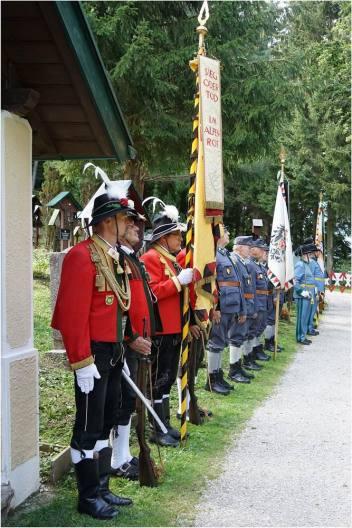 Größenänderungi-weihe-des-gedenkkreuz-d-uno-soldaten-amtummelplatz-innsbruck---11092020-13_50334324928_o