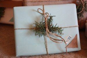 Add a little sprig of your garden to gifts, adds a personal touch and smells fabulous (here is rosemary, but you can also use lavender, mint, juniper or anything!)