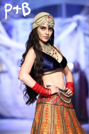 India-Bridal-Fashion-Week-2013-JJ-Valaya-Bridal-Lehenga (1)