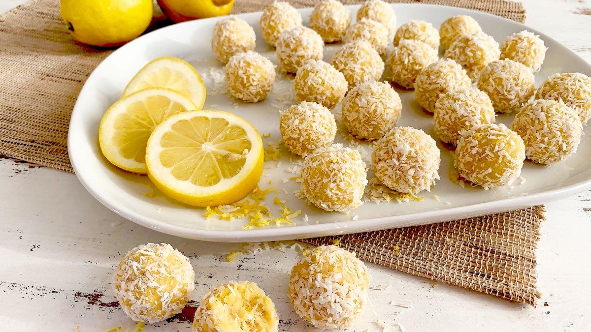 Zitronen-Kokos-Bällchen