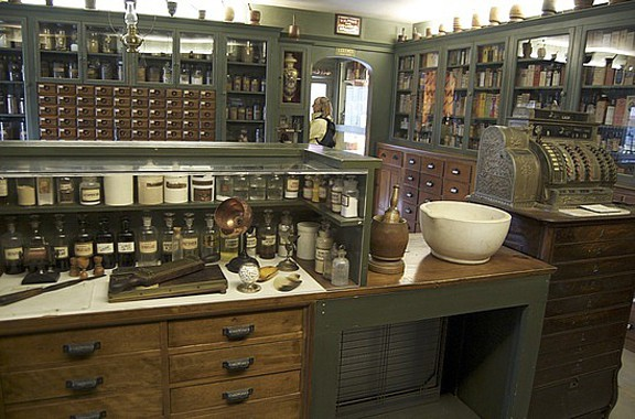 Apothecary  A Collection of Images  Peachridge Glass