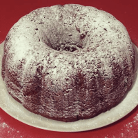 Banana and chocolate bundt cake! Delicious lightly dusted in icing sugar.