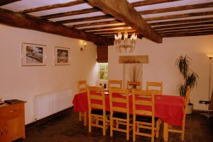 Church Corner Cottage - Dining room