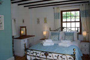 Corner Cottage, Stoney Middleton - Double Bedroom
