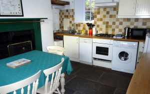 Cherry Cottage, Youlgrave, Peak District Holiday - Kitchen / Diner
