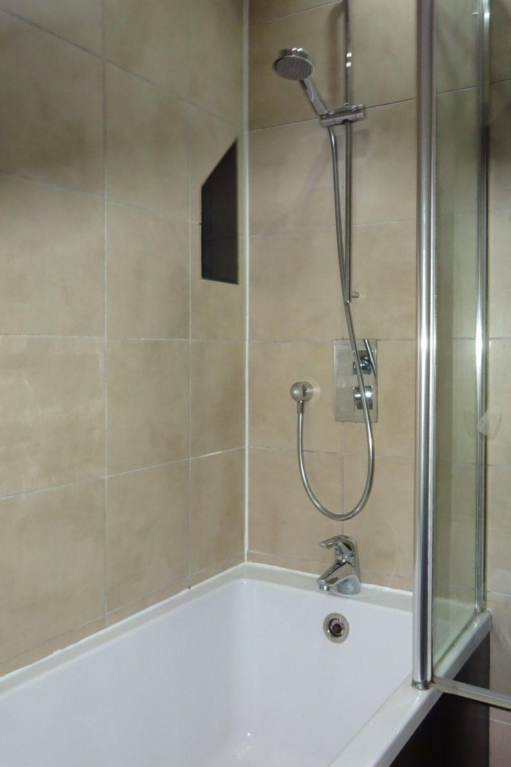 GMB - Bathroom2