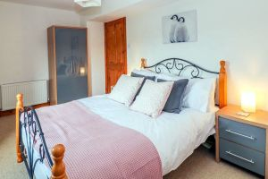 Ringwood, Dungworth, Peak District Holiday - Double Bedroom