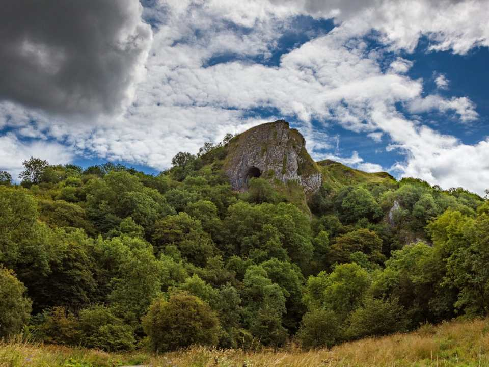 thors cave peak district