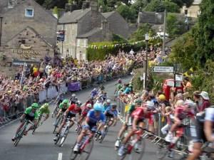 tour de frame comes to the peak district