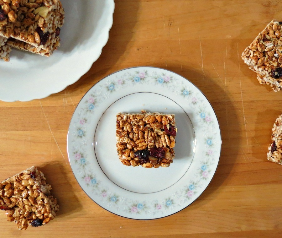 Cinnamon and Almond Puffed Wheat Bars