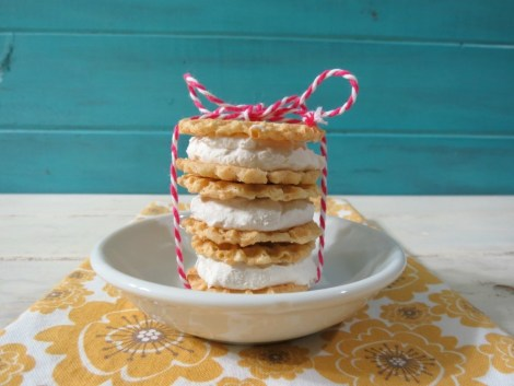 Lemon and Coconut Ice Cream Sandwiches