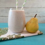 Cinnamon Pear Oatmeal Breakfast Smoothie
