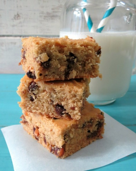 Peanut Butter Quinoa Blondies