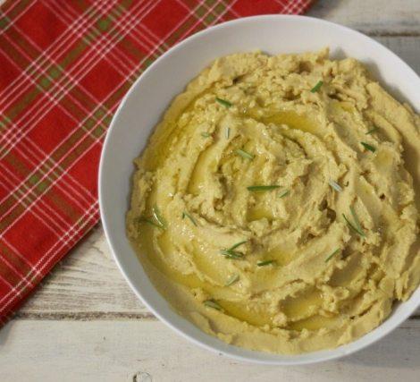 Rosemary Garlic Hummus  #PompeianHoliday #AD