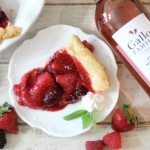 Moscato Mixed Berry Pie #SundaySupper