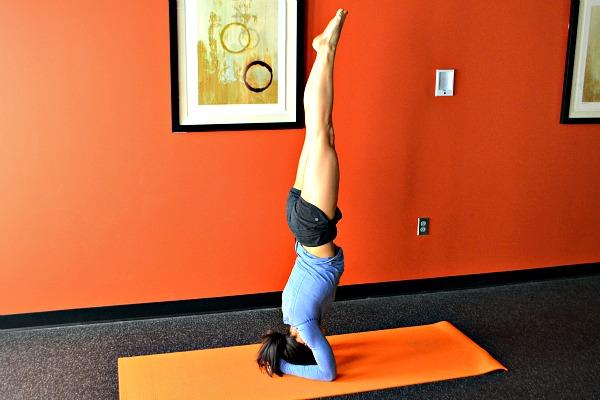 Yoga Tripod Headstand Tutorial {Video}