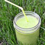 Glowing Green Ginger Power Smoothie {Recipe}