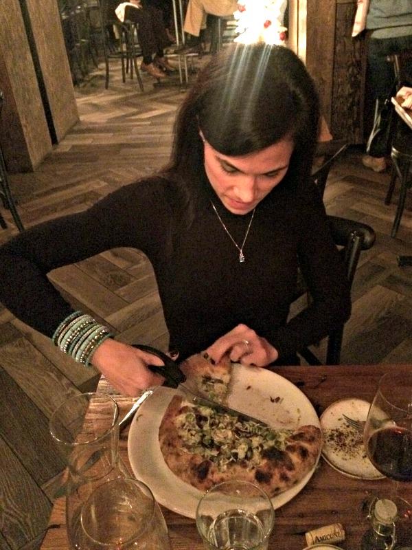 cutting pizza
