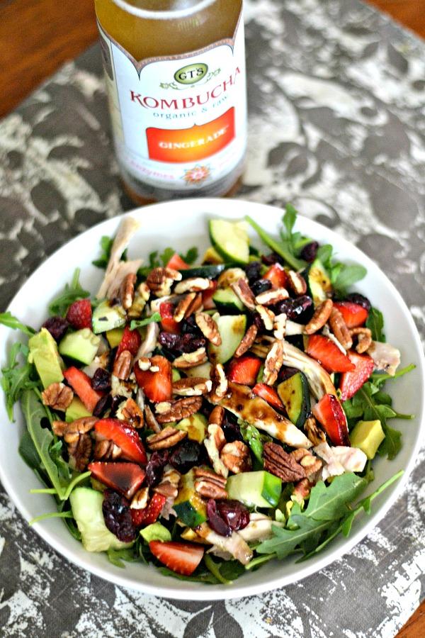 Salad with kombucha
