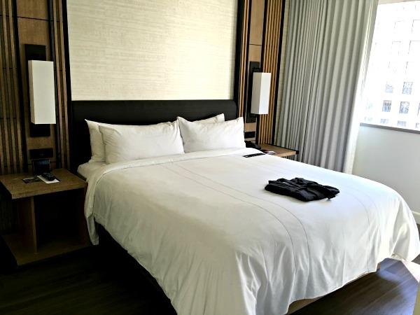 Charlotte Marriott City Center Bedroom