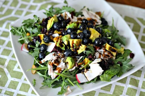 Berry and turkey salad