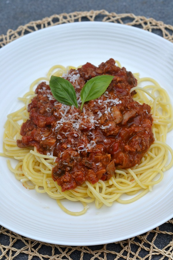 how to make and can homemade spaghetti sauce