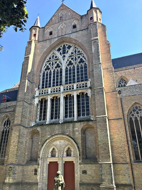 Sint-Salvator Cathedral