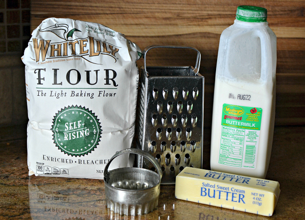 buttermilk biscuit ingredients