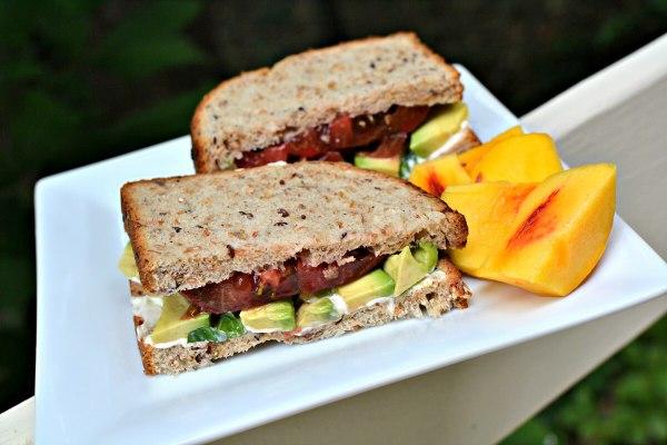 tomato avocado sandwich with peaches