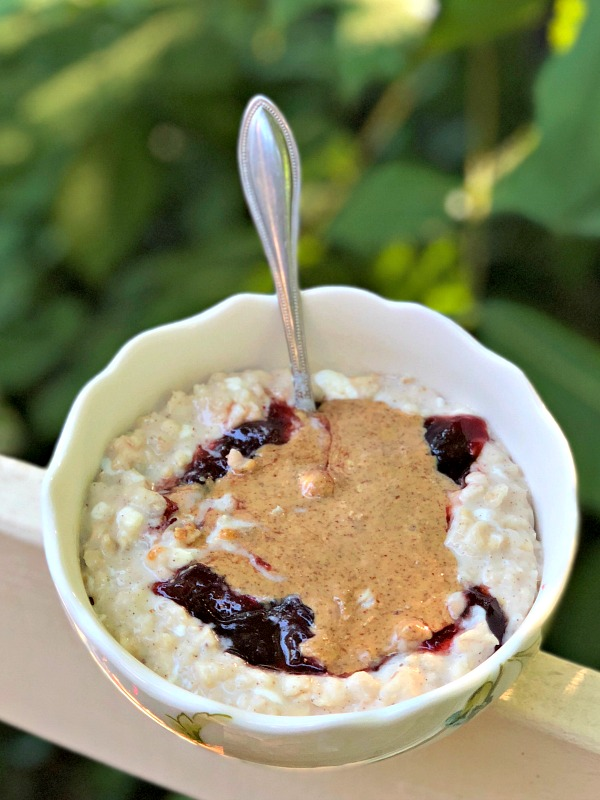 banana cottage cheese oatmeal