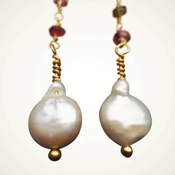 egg pearl earrings
