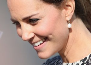 duchess of cambridge wearing pearl earrings with diamonds