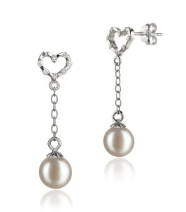love pearl earring set