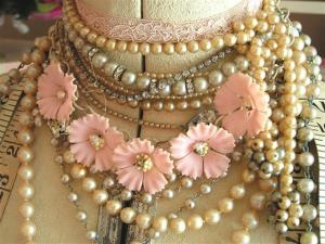 vintage jewelry (Small)