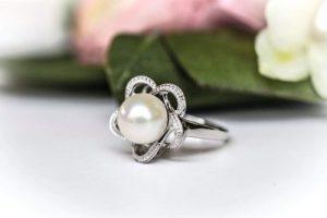white pearl rings for women