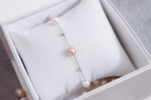 how to tell if pearls are fake