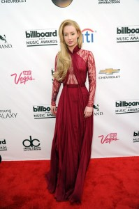 iggy-azelea-billboard-awards-2014