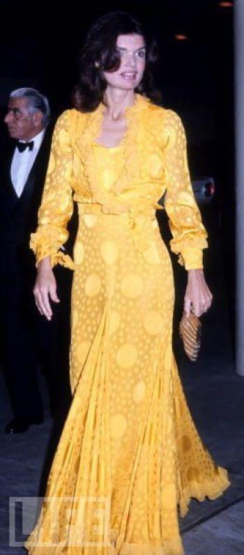 How To Dress And Wear Pearls Like Jackie O Kennedy