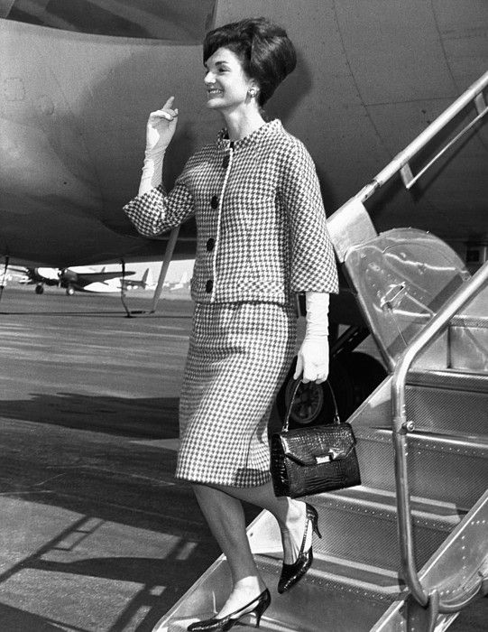 How to Dress And Wear Pearls Like Jackie O  Kennedy - PearlsOnly