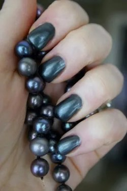 black pearls and nails