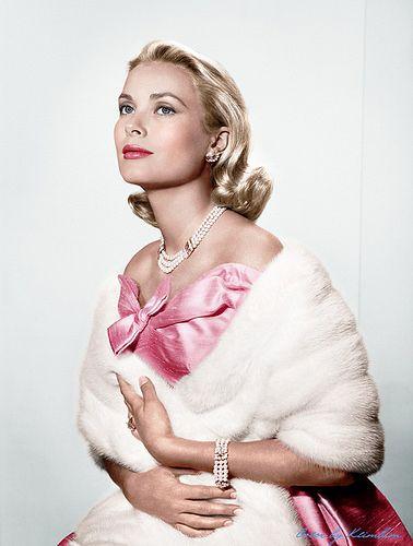 How To Wear Pearls Like Grace Kelly A Short Portrait